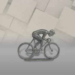 Cycliste métal plat sprinteur brut