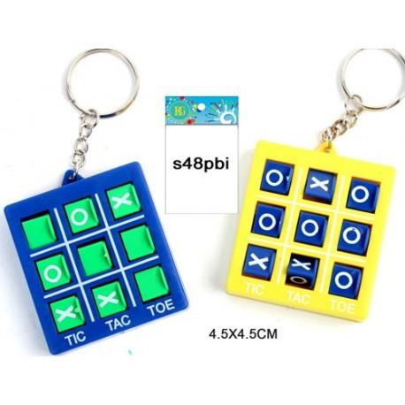 Porte clé jeu du morpion 4 x 4,5 cm