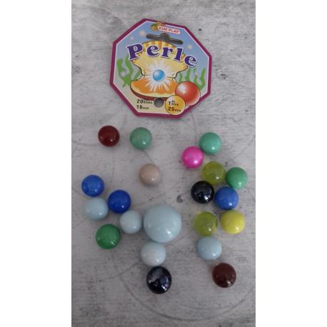 20 billes « perle » + 1 calot Diamètre des billes 1,5 cm, calot 2,5 cm