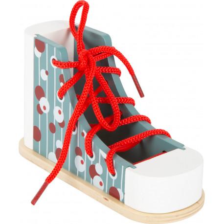 Chaussure en bois à lacer ou comment faire ses noeuds correctement !