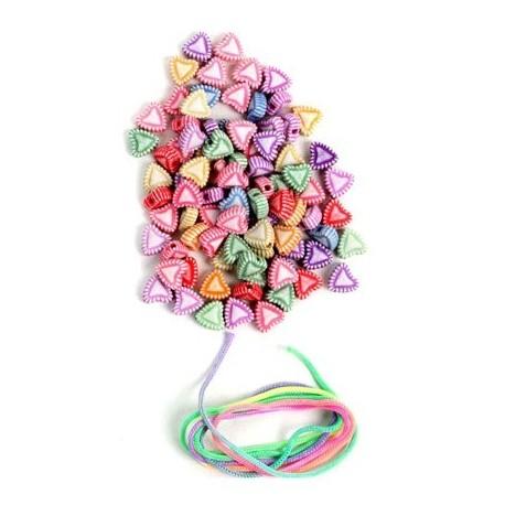Perles à enfiler + fil Coeurs